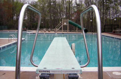 diving-board-lakeview-pool